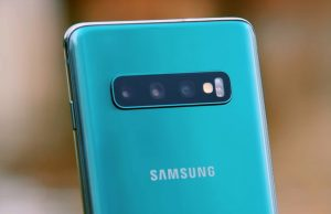 How to Enable Full Screen Apps on Galaxy S10