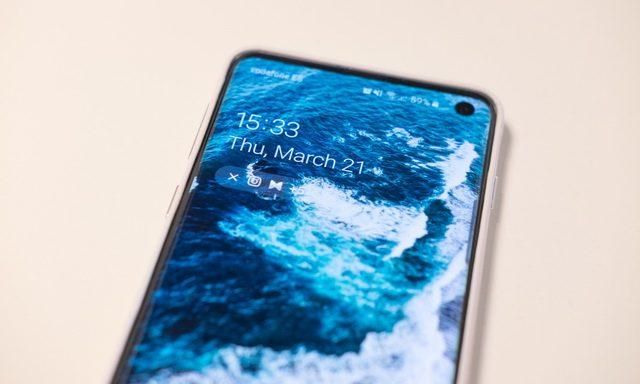 How to Change the Galaxy S10 Lockscreen & Wallpaper