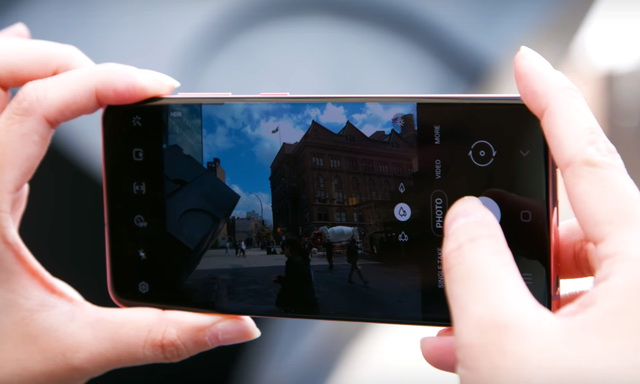 How to change camera modes on the Galaxy S20