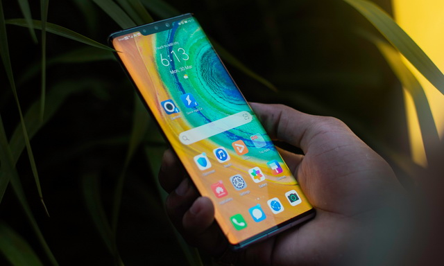 How to Take a Screenshot on Huawei Mate 30 Pro