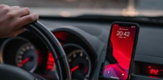 Best Car Apps for iPhone