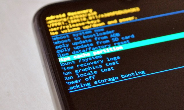 How to wipe cache partition on Samsung Galaxy A71