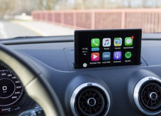 Best Apple CarPlay Apps for iPhone