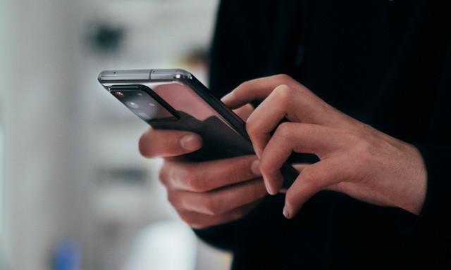 How to Take Screenshot on Samsung Phones