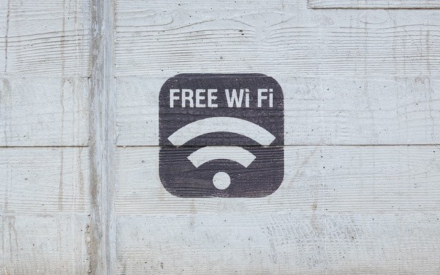 Avoid Public wifi - secure your iPhone