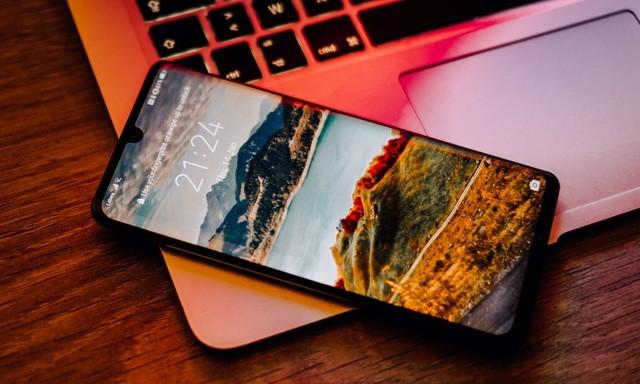 How to Take Screenshots on Huawei Phones