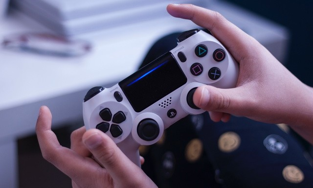 How to use a PlayStation 4 Controller with Android
